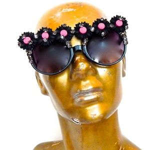 WICKED GARDEN RHINESTON MUSE GLASSES NEW